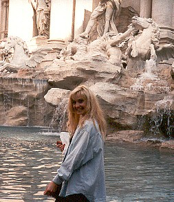 ivory at trevi fountain